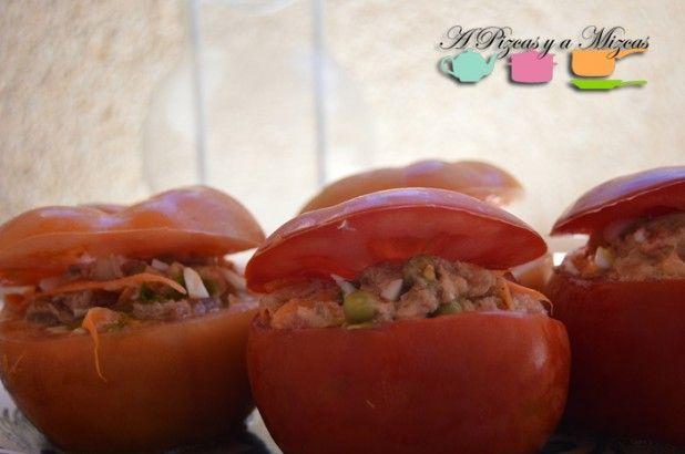 Comer ensalada de otra forma con los tomates rellenos