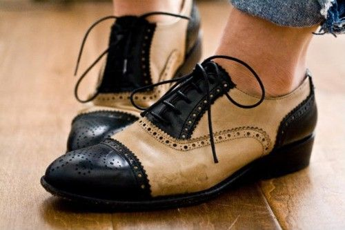 I like the cap toe with the off-white, plus the eyelets of oxford style