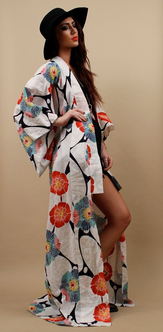 Reserved / 70s Vtg Tye Dye COTTON Floral KIMONO by nanometer