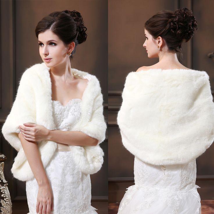 Compléter avec élégance votre tenue et en vous protégeant du froid, Châle pour mariage hiver bien tôt en ligne http://www.robedumariage.com/accessoires-pas-cher-124.html