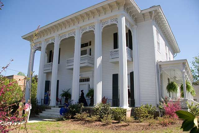 Eras Of Elegance Victorian Architecture Greek Revival Gothic
