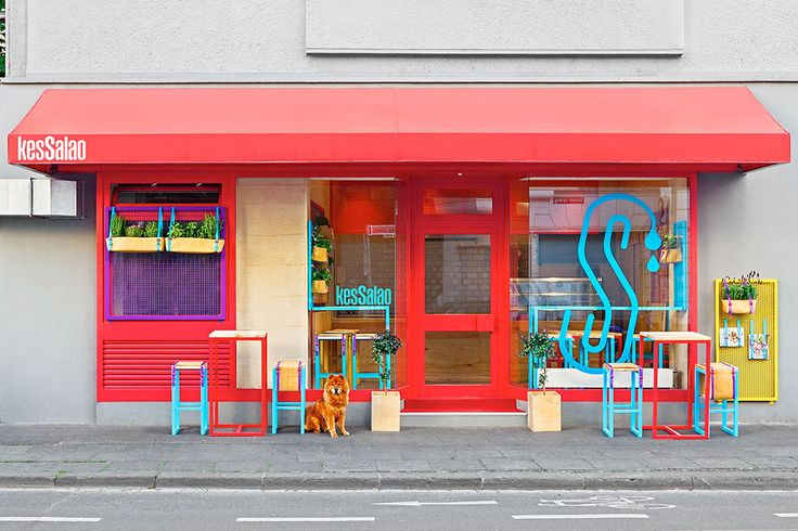 A Mediterranean restaurant in Germany gets a colorful and pop-y design with equally punchy branding to match.