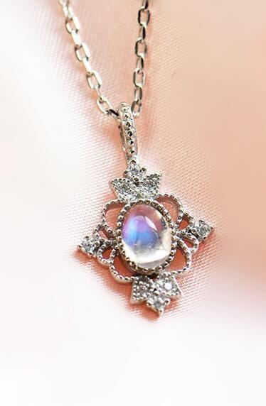 vintage art deco moonstone silver necklace for women