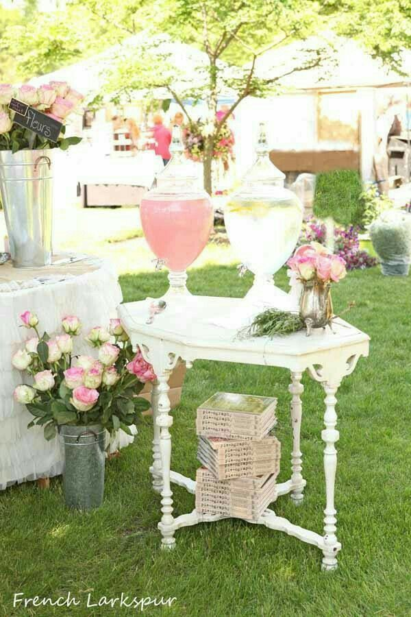 Lovely vintage table as a drink dispenser...:-)