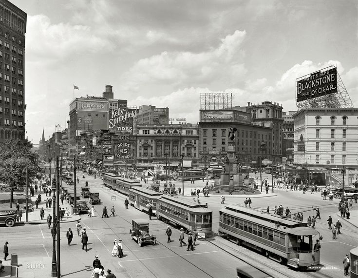 Detroit: Woodward Avenue: 1917  Detroit was once called the Paris of the West because of it's beautiful architecture.