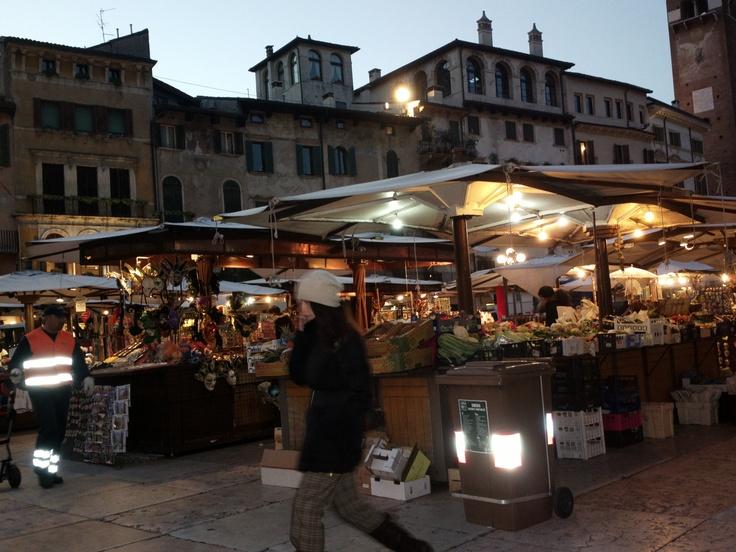 Piazza Erbe, Verona - 2012