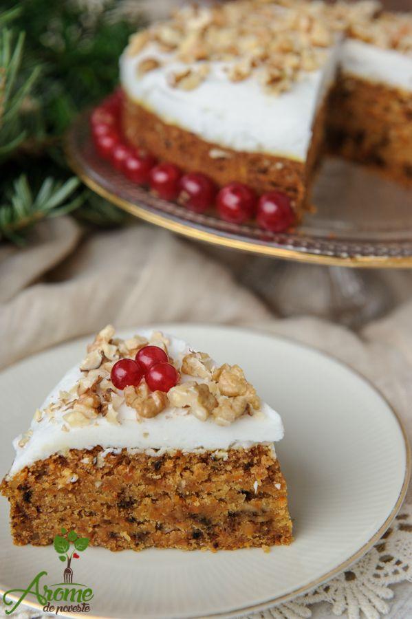 Tort cu morcovi, nuci, ghimbir si cocos fara gluten. Un desert simplu, perfect pentru orice ocazie :)
