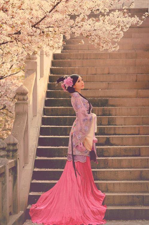 She looks like a real Mulan, stunning! ♥ ♥ ♥