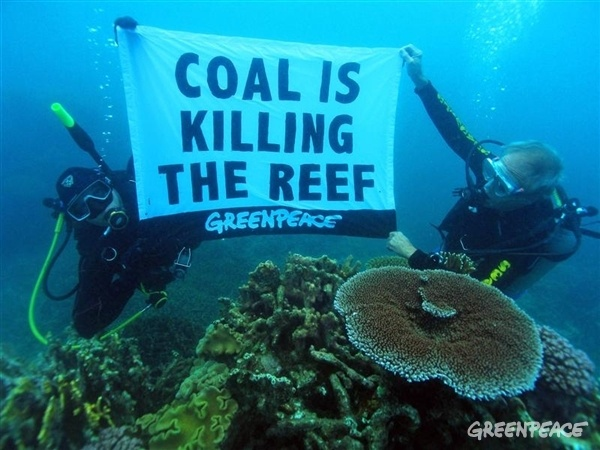 Greenpeace helps fight for the Great Barrier Reef.