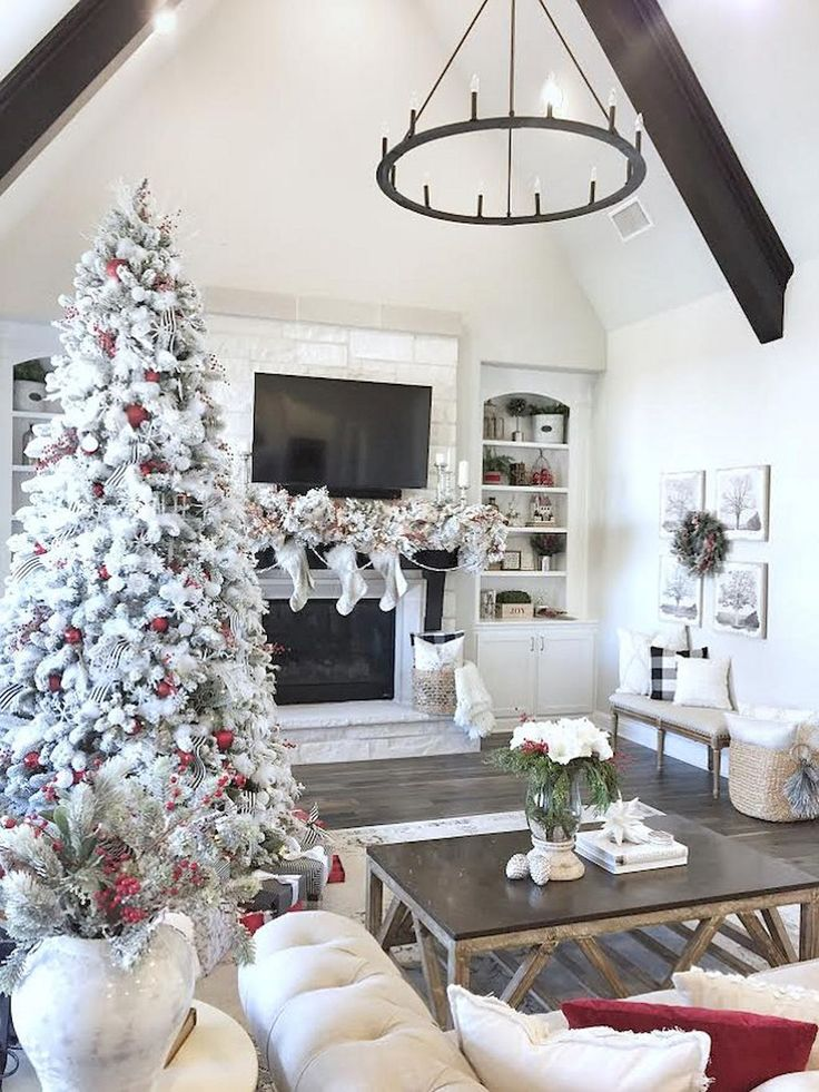 75 Farmohouse Christmas Living Room Decoration Ideas Part 96