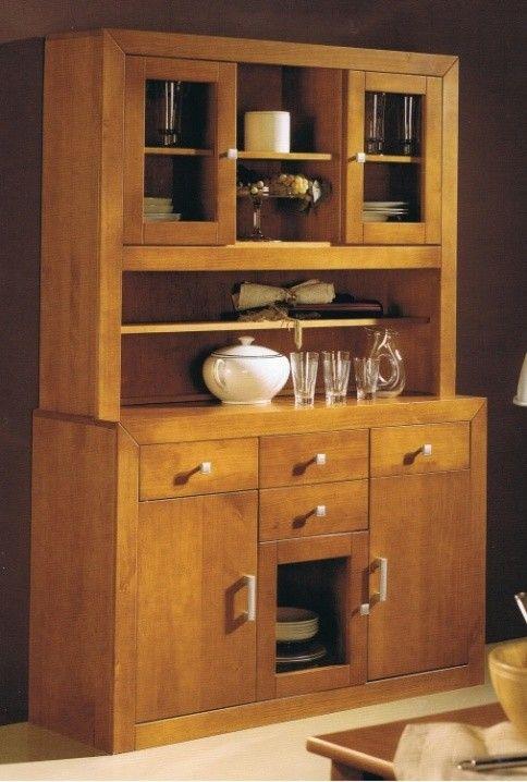 Alacena de salón en madera macizacon tres puertaso tambien para cocina o recibidor en color cerezo está fabricada en madera maciza alistonada de pino.