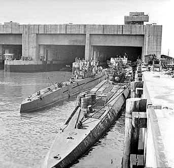 39 best WW2 U-Boat images on Pinterest   German submarines ...