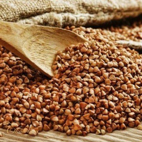 """TRIGO SARRACENO  Lo conocéis?  Es un cereal, o mas bien pseudocereal, muy típico de Rusia. En ruso hay una frase: """"No importa en que parte del mundo viva un ruso, enseguida empieza a buscar donde comprar el trigo sarraceno"""".  El trigo sarraceno (гречка) es un falso cereal (pseudocereal), es decir, no pertenece a la familia de las gramíneas (a diferencia del trigo, el centeno, la cebada o la avena). No contiene gluten, es más rico en proteína que el resto de cereales y contiene minerales y…"""