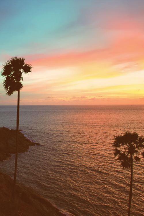Aesthetically Pleasing Backgrounds. California beach