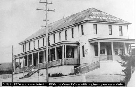 Grandview Hotel, Wentworth Falls - long ago before the front verandah was enclosed