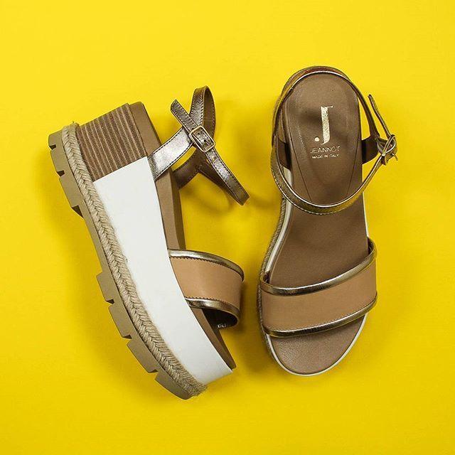 #SALE OFF 30%  L'estate addosso con i nuovi sandali #Jeannot ☀️ Scoprili online su ➡️ RicciShop.it ✌ ・・・ #saldi #saleoff #jeannotshoes #madeinitaly #handmade #glamour #shoes #sandals #sunmermood #newcollection #summer #summer2017 #glam #cool #fashion #moda #style #outfit #beautiful #instashoes #shopping #shoponline #riccishop