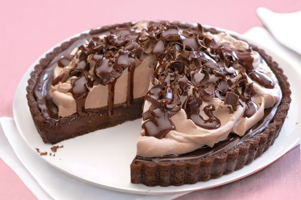Experience pure choc indulgence with this rich fudge-filled, cookie-based dessert.