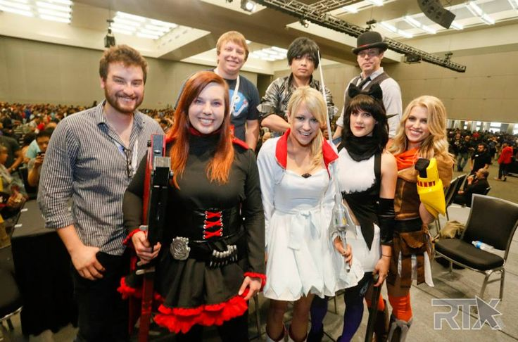 I can't even express how awesome it is to see the RWBY voice actresses cosplaying as their characters! I love this so much!