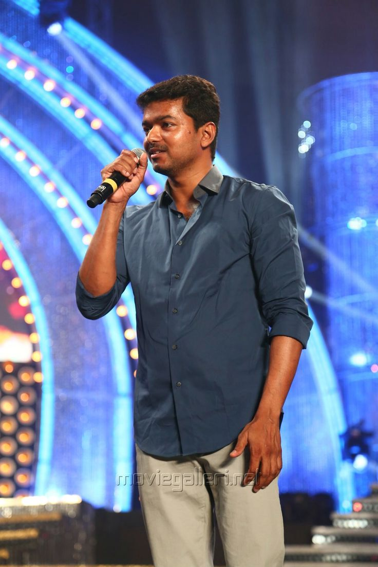 Vijay at Vijay Awards 2014