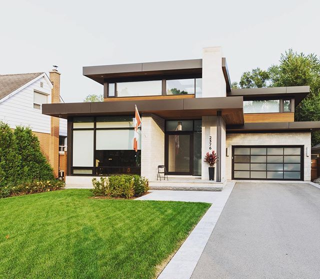 Canadian Homes Are Raising The Barall With The Help Of Aluminum Composite Panels Make Sure To Stay On Top Of Th Modern House Plans Exterior Design House Styles