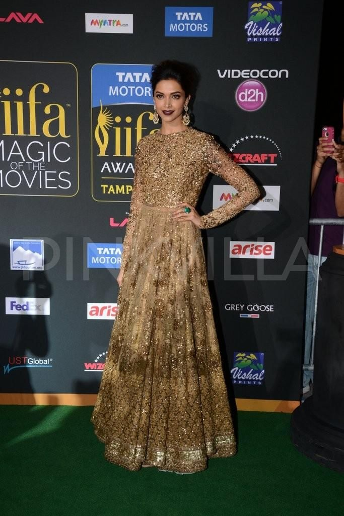 Deepika Padukone at the  IIFA Magic of the Movies  2