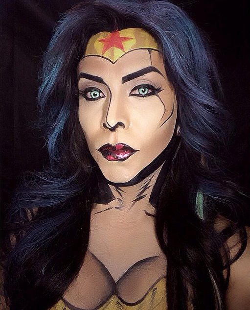 Argenis Pinal transforms himself and his models into superheroes and Marvel comic characters. Argenis relies solely on the magic of makeup to transform himself into the heroes we read about. Don't believe these aren't drawings? Wonder Woman.