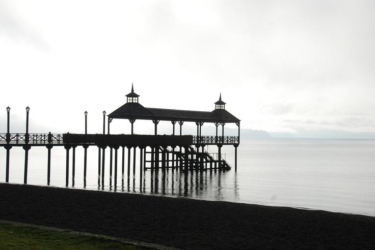 Frutillar en el lago Llanquihue al amanecer