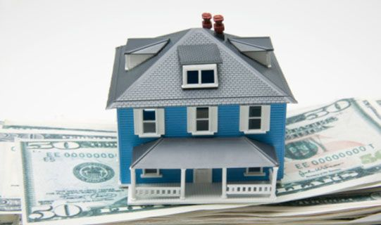 """We represent a number of insurance agencies, and so we can help you find the insurance best suited to you. Unlike car insurance, where the policies are very similar, homeowners policies can vary greatly. They also come in """"packages,"""" giving you coverage for your home and its contents under one premium. #FloridaHomeInsurance"""