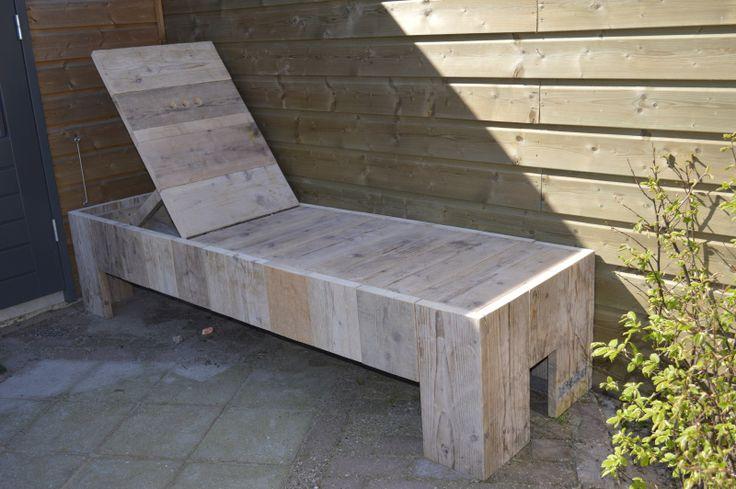 Tuinstoel van steigerhout | Chill | Ligstoel 'Summerlovin' VanStoerHout