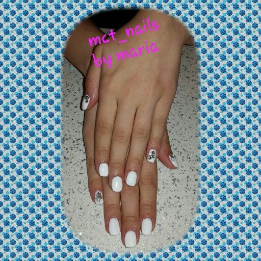 White nails with strass
