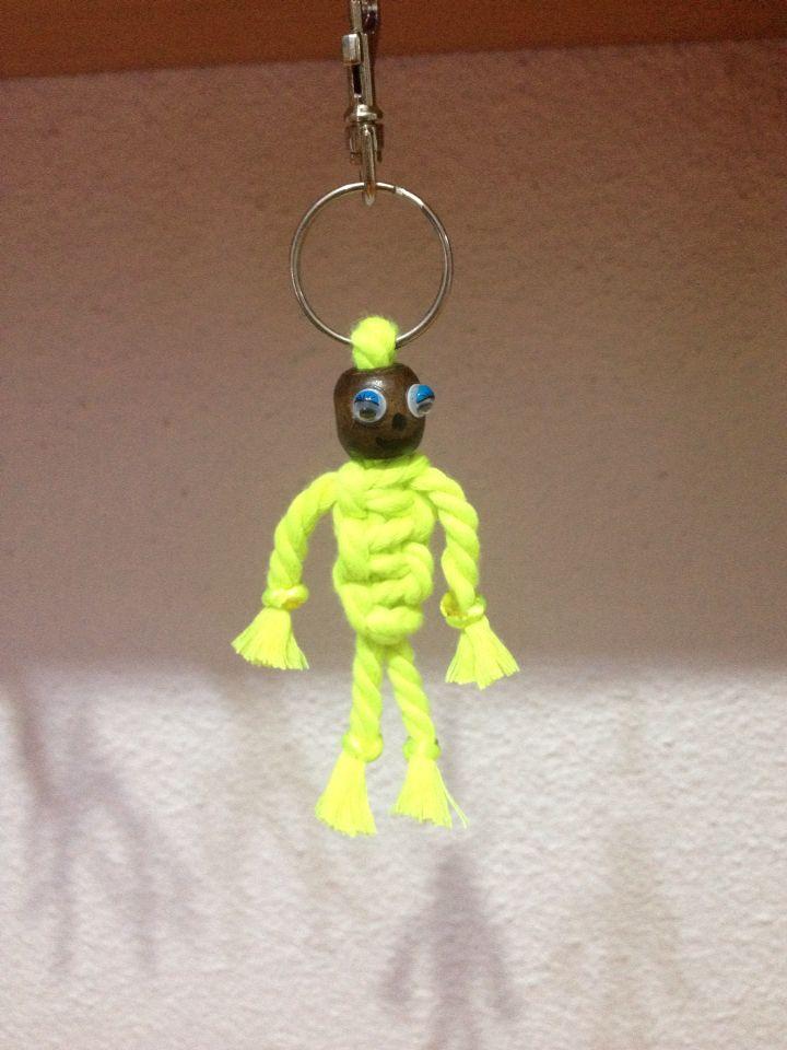 Muñeco hecho con cuerda