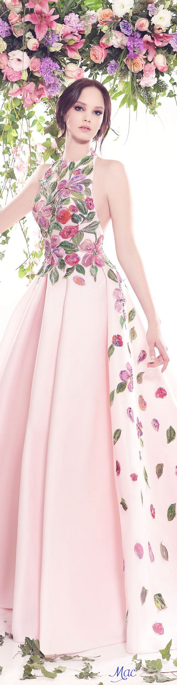 Spring 2016 Haute Couture Fadwa Baalbaki Clothing, Shoes & Jewelry : Women : Clothing : Active : gym http://amzn.to/2lL2x3Ehttp://www.flip-zone.com/