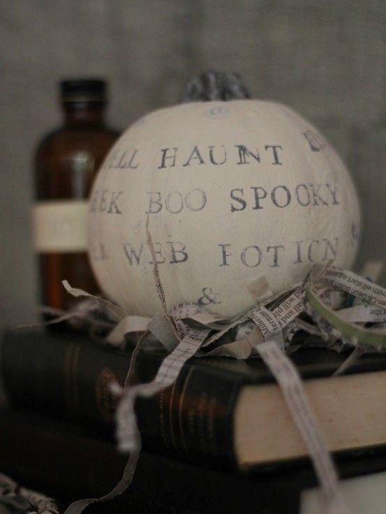 44 Cozy Rustic Halloween Decor Ideas | DigsDigs Vintage Halloween