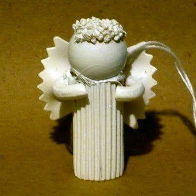 Pasta Angel Ornaments / http://bagsandbuds.blogspot.ca/2009/11/craft-of-weekpasta-angel-ornaments.html#