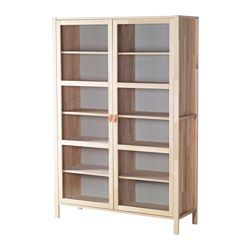 IKEA - BJÖRKSNÄS, Vitrinskåp med 2 dörrar, Massivt trä är ett slitstarkt naturmaterial.Fast hyllplan ger ökad stabilitet.Flyttbara hyllplan gör att du kan anpassa din förvaring efter behov.Glasdörrar håller dina saker dammfria men ändå synliga.