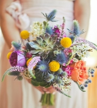 Thistles in the bouquet to represent Scottish     Roots & pretty!