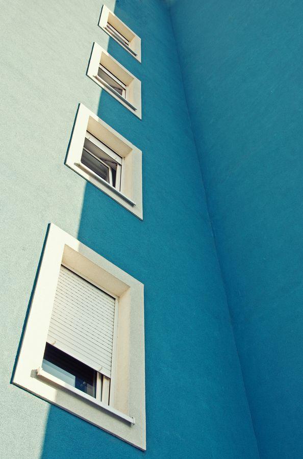 "Movmiento por repeticion merde-petit-maitre: "" Architecture (""4"" by Igor Bakotić, via letsbuildahome-fr) """
