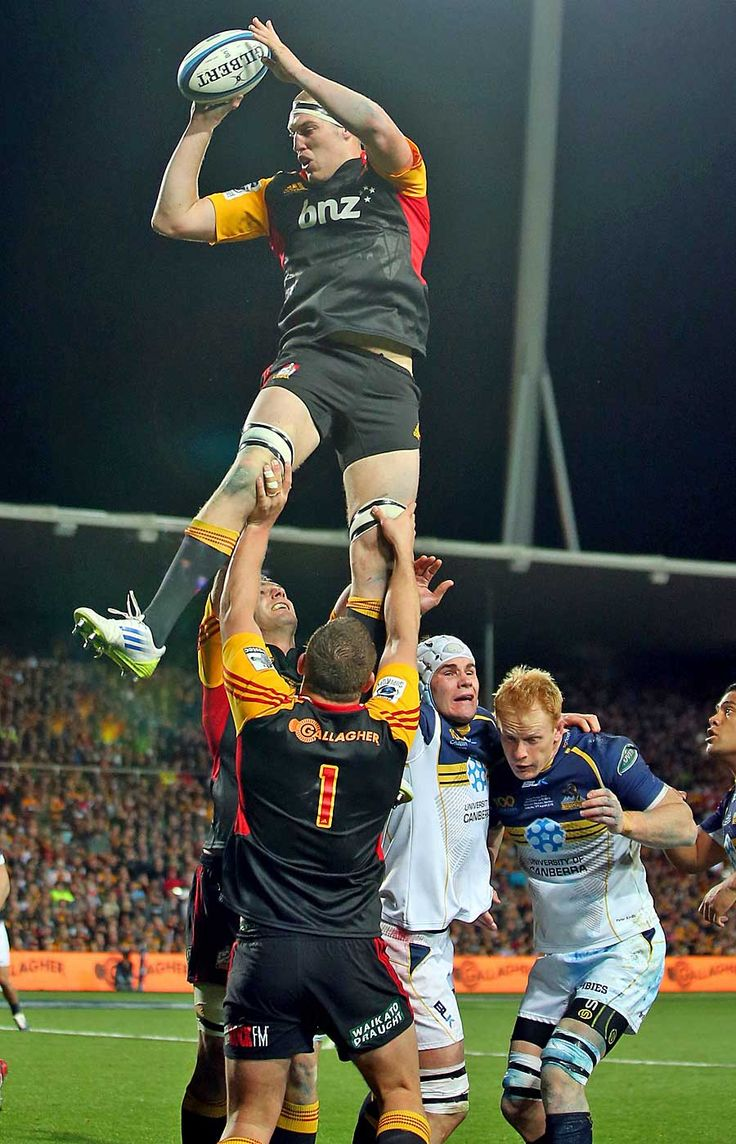 The Chiefs' Brodie Retallick wins a lineout against the Brumbies Love #rugby? Visit my blog www.rocky-rugby.com