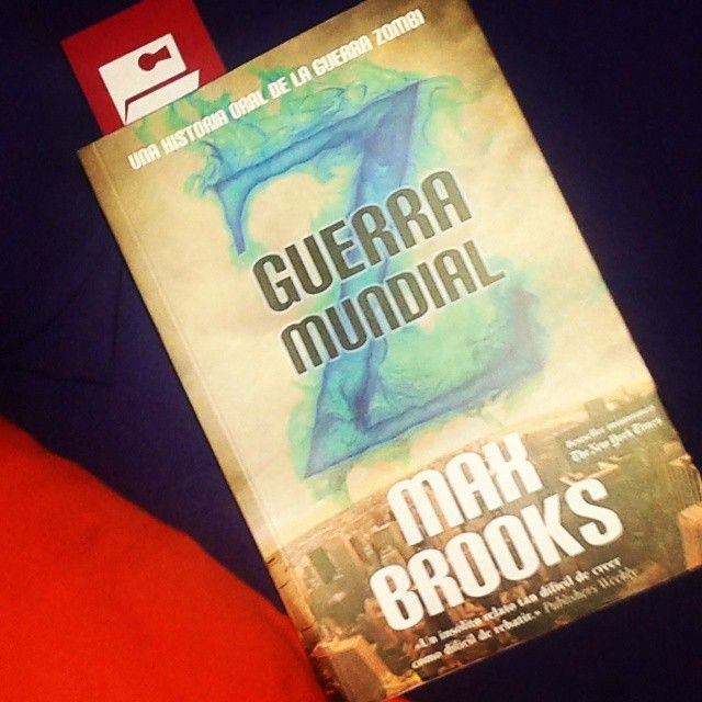 """Para el #DesafíoOpenbook de """"Un libro que se haya convertido en película"""" elegimos Guerra Mundial Z de Max Brooks - A  ¡Tú también únete a este desafío de lectura rápida!"""