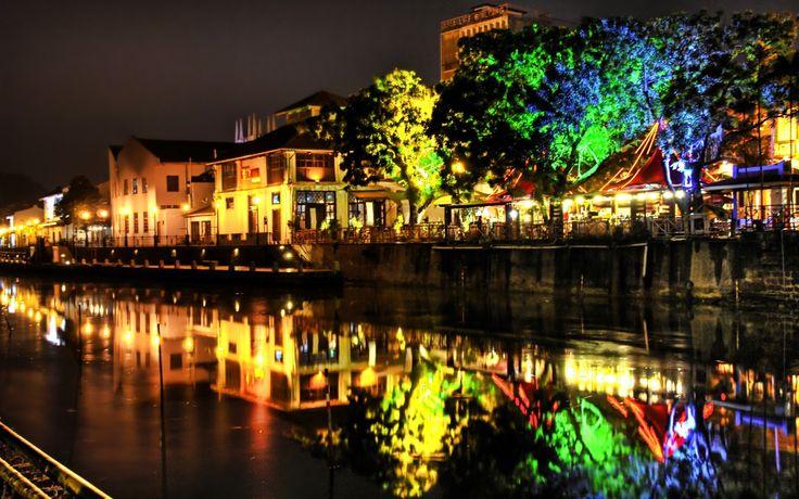 April 15 - Declaration of Melaka as a UNESCO historical city