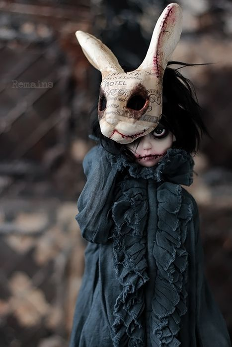 Fantasy | Whimsical | Strange | Mythical | Creative | Creatures | Dolls | Sculptures | Remains: