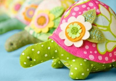 cute turtle pin cushions