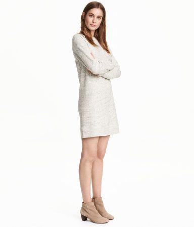 Light gray melange. Short, straight-cut dress in melange cotton sweatshirt…
