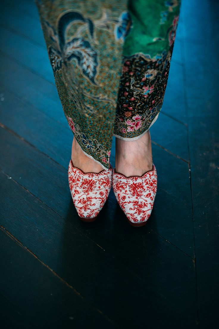 Traditional Peranakan red and white beaded slippers // A Pre-Wedding with the Bride in a Peranakan Nyonya Kebaya: Wee Soon + Lorraine