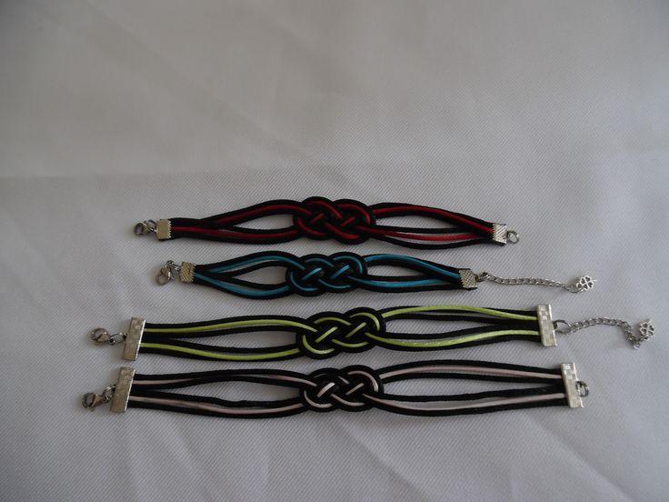 Bracelets noeud marin, en fil de soie, plusieurs couleurs, fermoir en acier inoxydable.