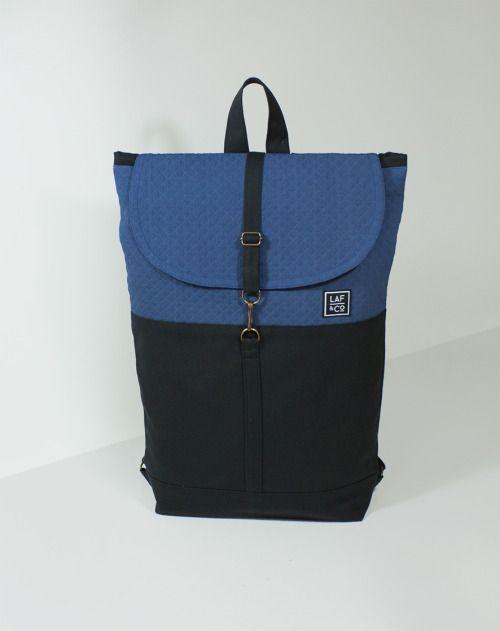 Laf & Co.  Blue canvas backpaks. Mochila.Macuto.