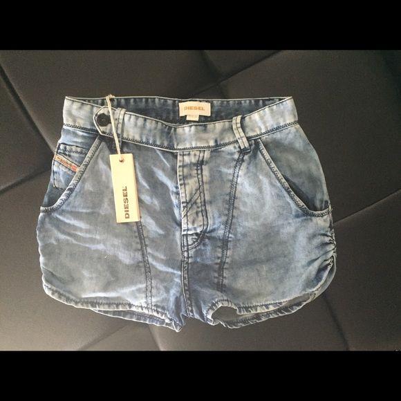 Diesel shorts Diesel shorts they fit like a sz25 Diesel Shorts Jean Shorts