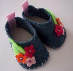 Furrowed Stitches: Felt Doll Shoes