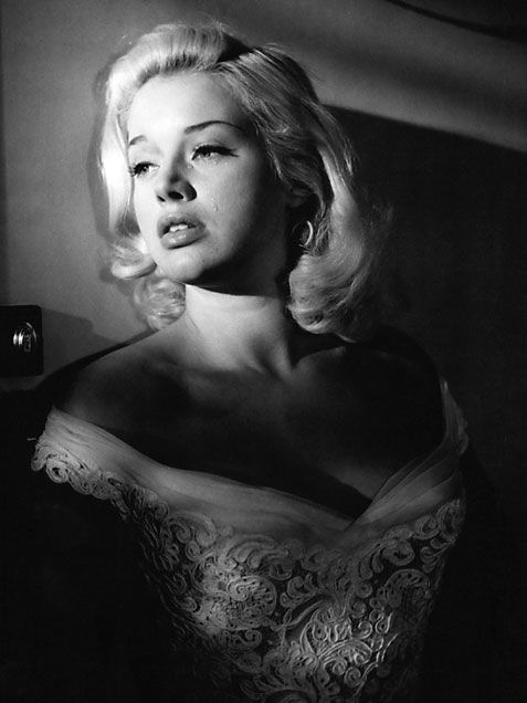 Vintage 50s Actress Photos  Diana Dors   1955
