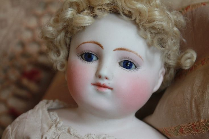 Very Rare Early French Bebe Steiner - Castellidoll